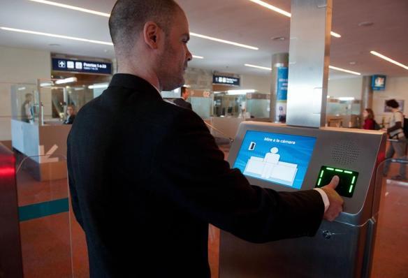 Aeropuerto-de-Ezeiza-Control-biometrico-02