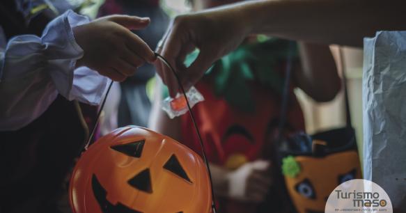 Happy Halloween-01